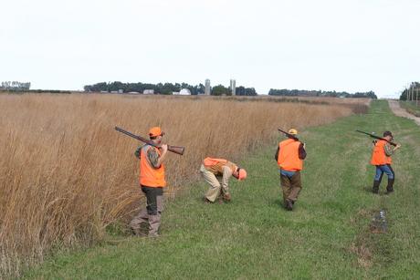 '07 Dakota Farm Pheasant Opener 030.JPG