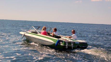 Vi var ikke de eneste, der nød det gode vejr til søs.
