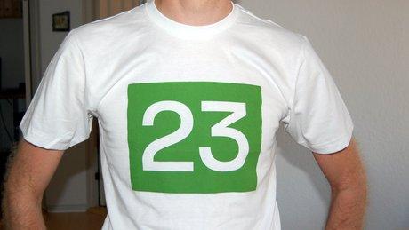 T-shirt fra det danske firma 23.
