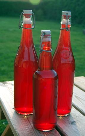 Mirabellesaft på flaske