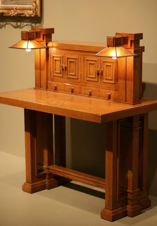 23 Desk Frank Lloyd Wright 1908 Jmsaz